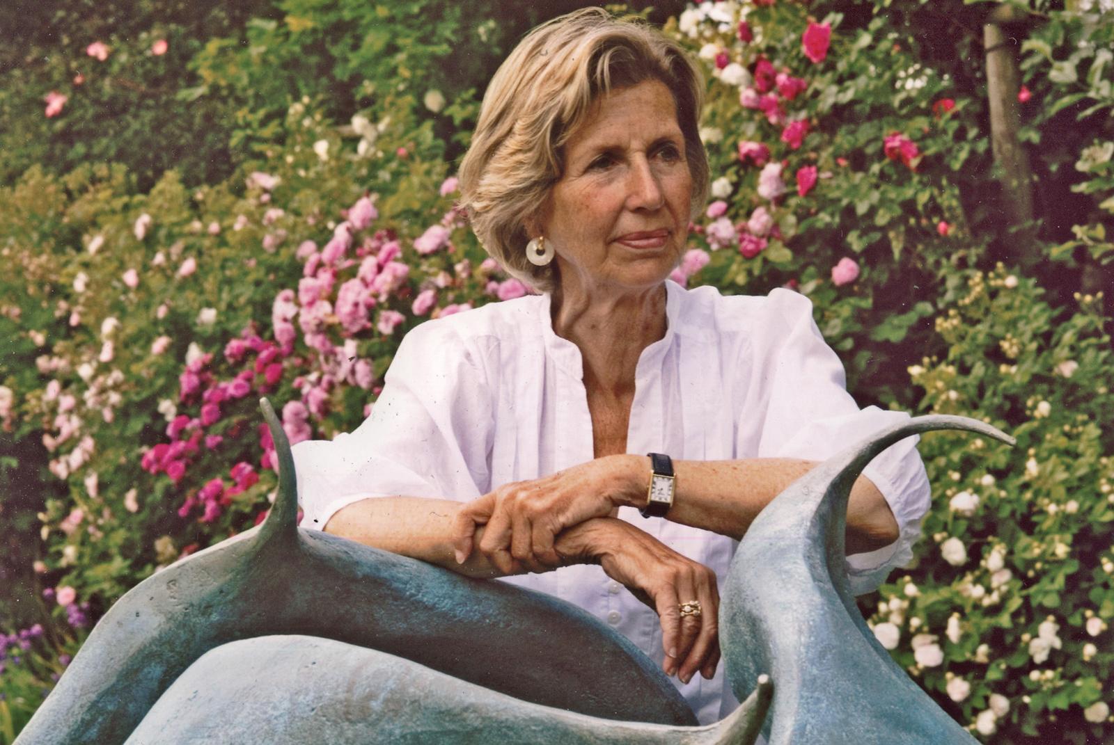 Anne Curry ARBS