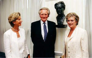 Anne Curry with Lord and Lady Heseltine at the unveiling of his bust